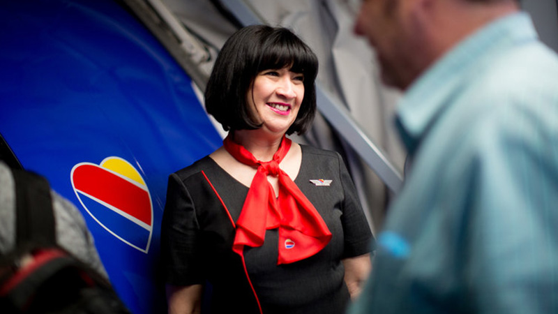 Airline-Uniforms-Article.jpg